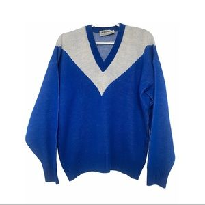 Vntg 70s V-Neck Two Tone Blue & White Pullover M